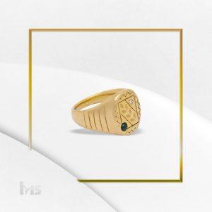 anillo para hombre acero dorado piedra negra caballero ovalado fino