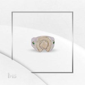 anillo caballo circones derde esmeralda herradura suerte oro plata hombre