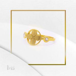 anillo-acero-dorado-fino-para-mujer-trebol